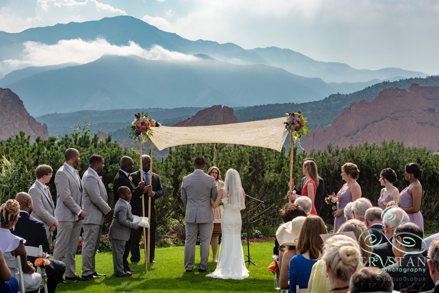 Weddings At The Garden Of The Gods Club Trystan Photography